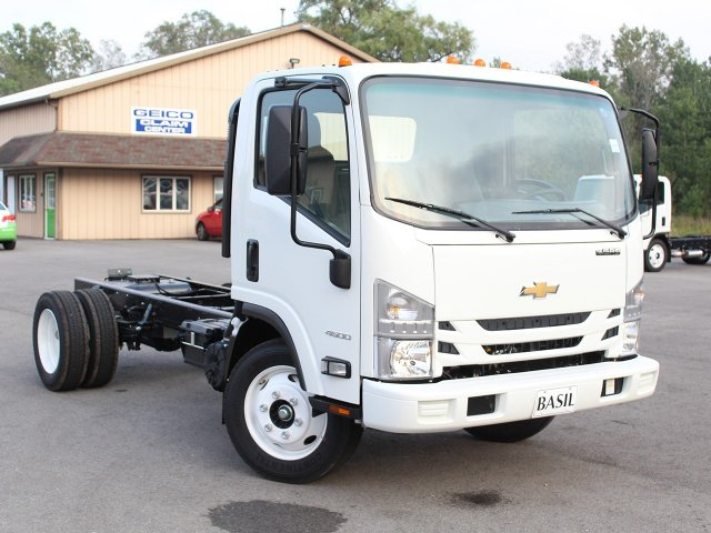 2018 LCF 4500 Regular Cab 4x2,  Cab Chassis #18C186T - photo 12
