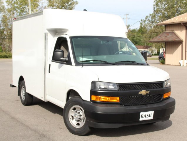 2018 Express 3500 4x2,  Supreme Cutaway Van #18C200TD - photo 12