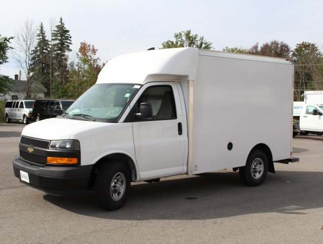 2018 Express 3500 4x2,  Supreme Cutaway Van #18C200TD - photo 3