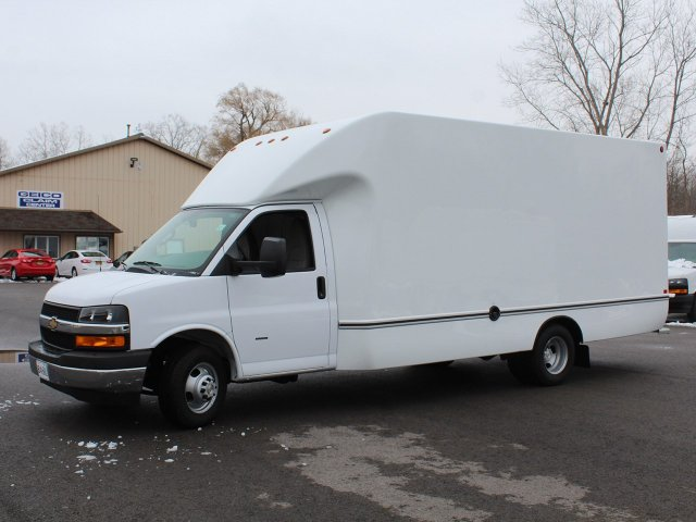2018 Express 3500 4x2,  Cutaway Van #18C218T - photo 4