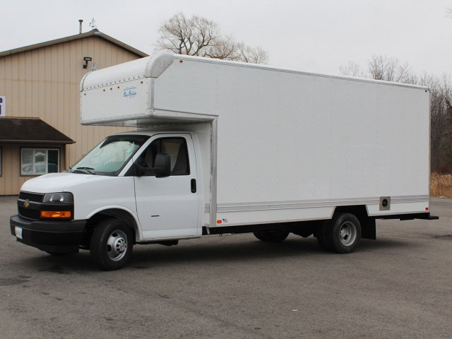 2018 Express 3500 4x2,  Cutaway Van #18C222T - photo 3