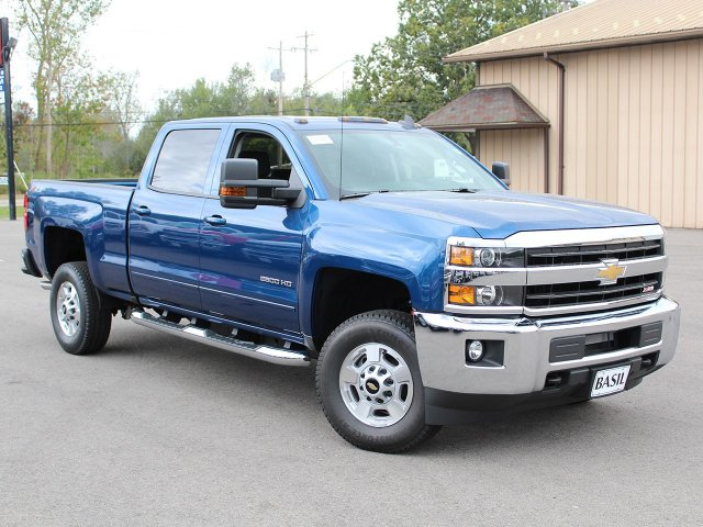 2018 Silverado 2500 Crew Cab 4x4, Pickup #18C25T - photo 3
