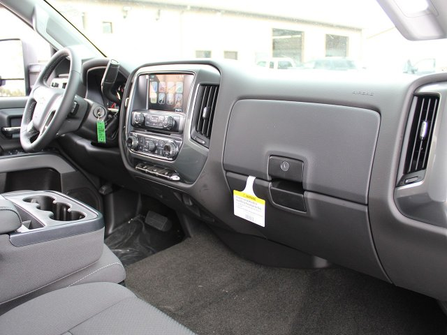 2018 Silverado 2500 Crew Cab 4x4, Pickup #18C25T - photo 26