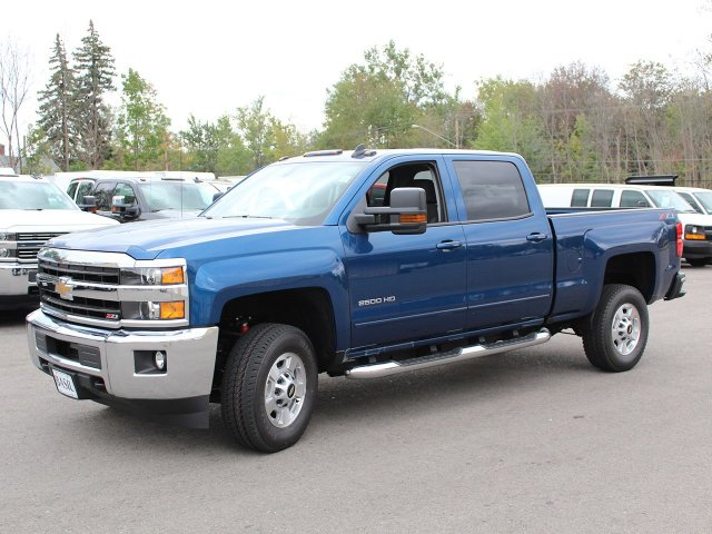 2018 Silverado 2500 Crew Cab 4x4, Pickup #18C25T - photo 9