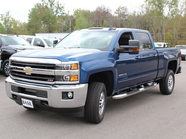 2018 Silverado 2500 Crew Cab 4x4, Pickup #18C25T - photo 10