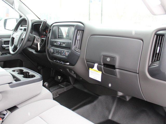 2018 Silverado 2500 Crew Cab 4x4, Pickup #18C28T - photo 23