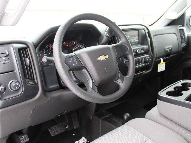 2018 Silverado 2500 Crew Cab 4x4, Pickup #18C28T - photo 3