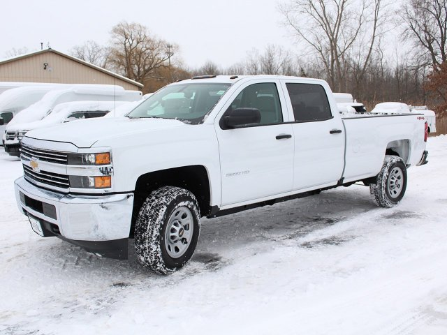 2018 Silverado 2500 Crew Cab 4x4, Pickup #18C28T - photo 9