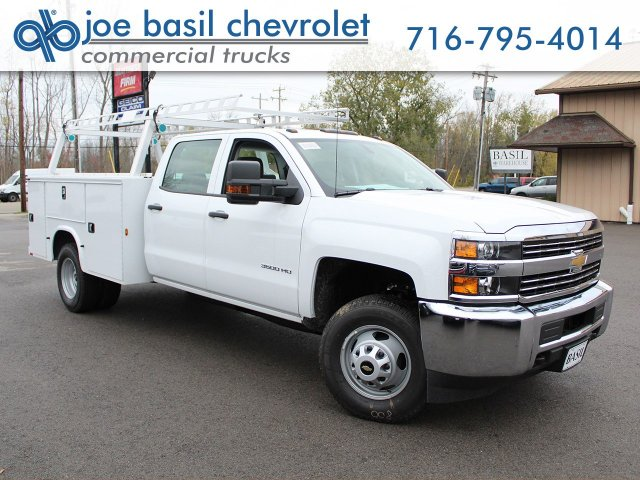 2018 Silverado 3500 Crew Cab 4x4 Service Body #18C29T - photo 30