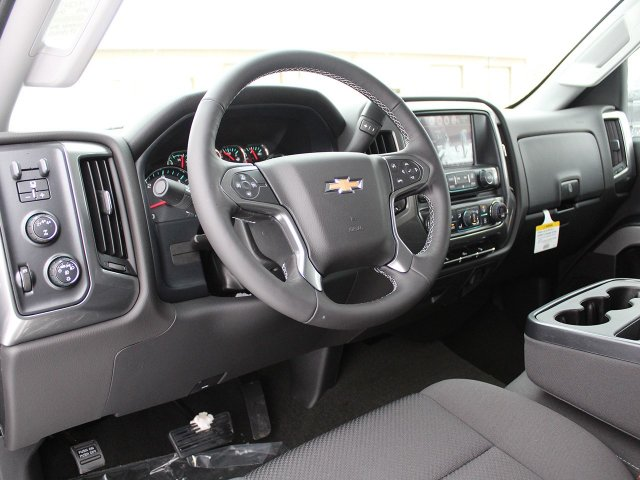 2018 Silverado 2500 Crew Cab 4x4, Pickup #18C32T - photo 20