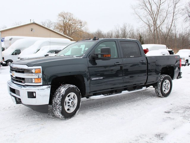 2018 Silverado 2500 Crew Cab 4x4, Pickup #18C32T - photo 3