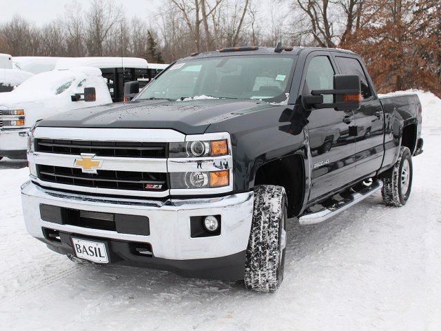 2018 Silverado 2500 Crew Cab 4x4, Pickup #18C32T - photo 10