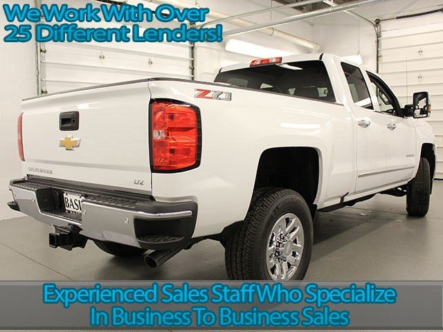 2018 Silverado 2500 Double Cab 4x4, Pickup #18C6T - photo 2