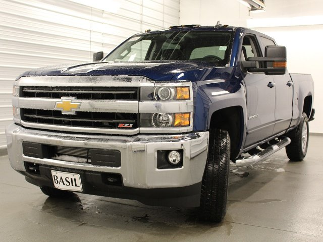 2018 Silverado 2500 Crew Cab 4x4, Pickup #18C73T - photo 10