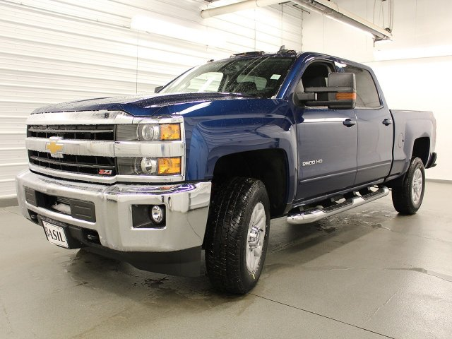2018 Silverado 2500 Crew Cab 4x4, Pickup #18C73T - photo 4