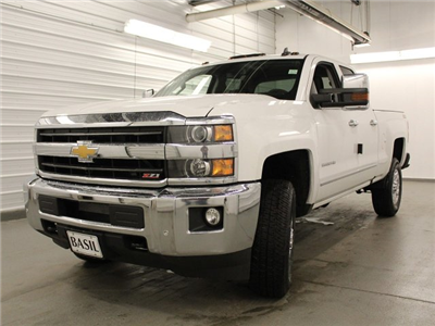 2018 Silverado 2500 Double Cab 4x4,  Pickup #18C85T - photo 9