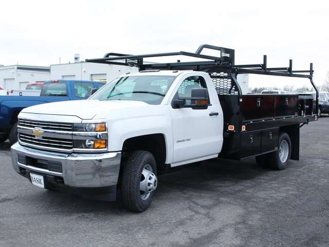 2018 Silverado 3500 Regular Cab DRW 4x4, Knapheide Contractor Body #18C98T - photo 3