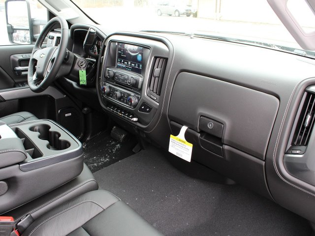 2019 Silverado 2500 Crew Cab 4x4,  Pickup #19C112T - photo 36