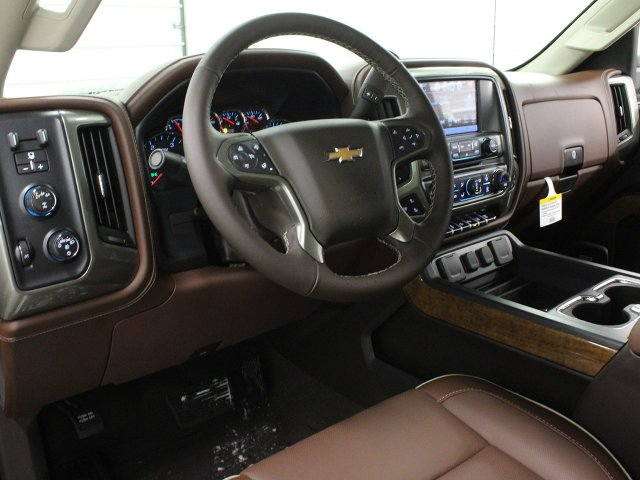 2019 Silverado 2500 Crew Cab 4x4,  Pickup #19C115T - photo 22