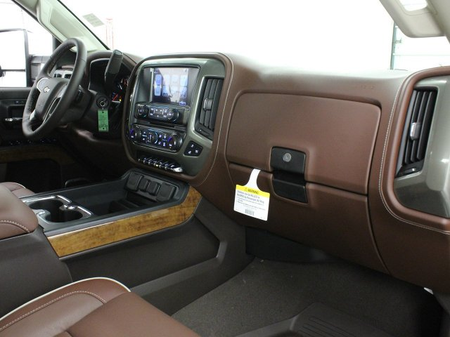 2019 Silverado 2500 Crew Cab 4x4,  Pickup #19C115T - photo 30
