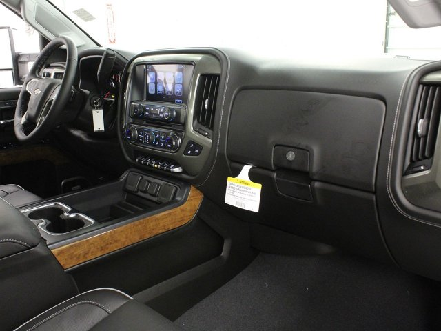 2019 Silverado 3500 Crew Cab 4x4,  Pickup #19C117T - photo 30