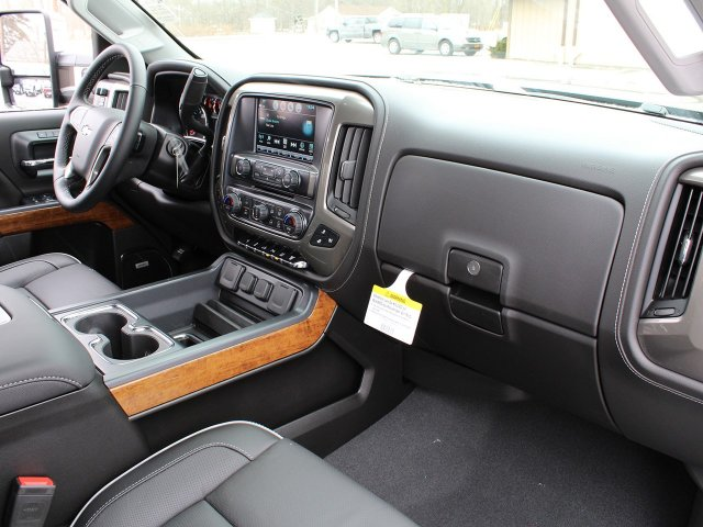 2019 Silverado 3500 Crew Cab 4x4,  Pickup #19C118T - photo 35