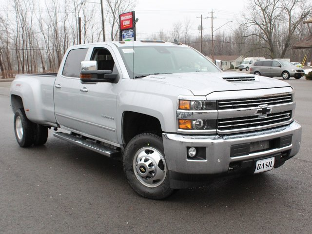 2019 Silverado 3500 Crew Cab 4x4,  Pickup #19C129T - photo 11