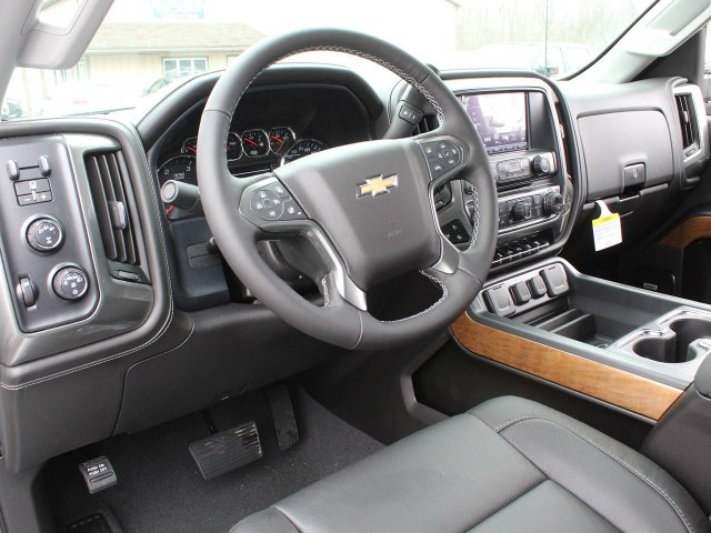 2019 Silverado 3500 Crew Cab 4x4,  Pickup #19C129T - photo 20