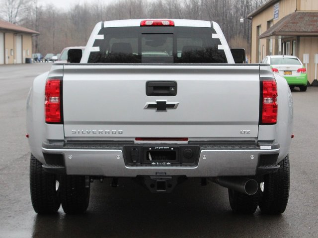 2019 Silverado 3500 Crew Cab 4x4,  Pickup #19C129T - photo 6