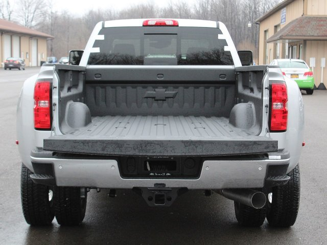 2019 Silverado 3500 Crew Cab 4x4,  Pickup #19C129T - photo 7