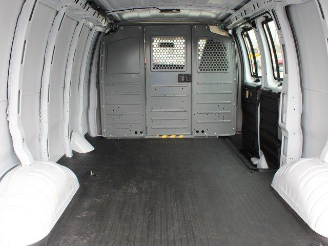 2019 Express 2500 4x2,  Empty Cargo Van #19C148T - photo 2