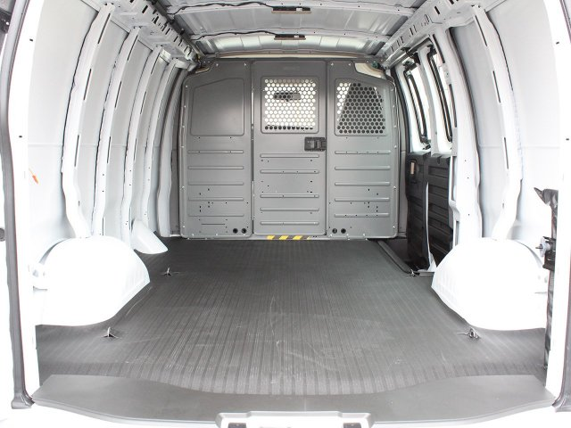 2019 Express 2500 4x2,  Empty Cargo Van #19C163T - photo 2