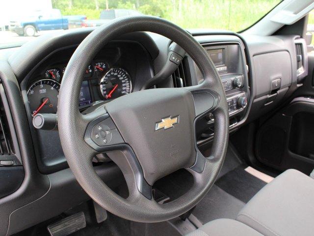 2017 Silverado 3500 Regular Cab DRW 4x4,  Contractor Body #19C164TU - photo 18