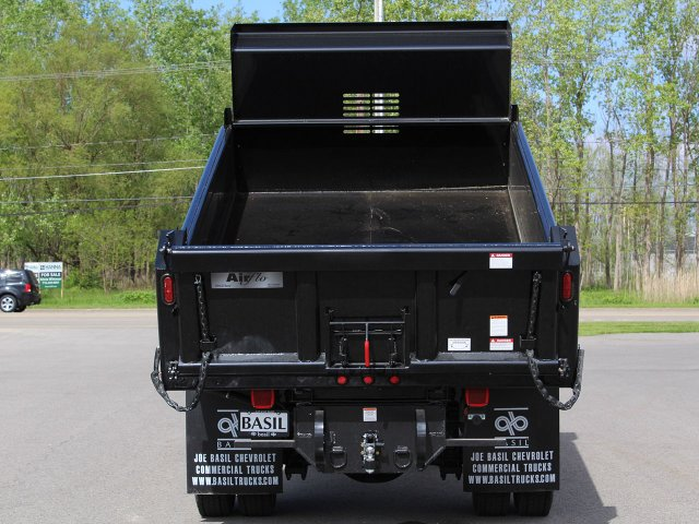 2019 Silverado Medium Duty Regular Cab 4x4,  Air-Flo Dump Body #19C169T - photo 7