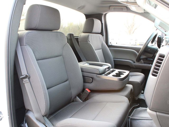 2019 Silverado Medium Duty 4x4,  Cab Chassis #19C169T - photo 25