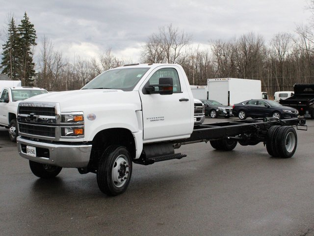 2019 Silverado Medium Duty 4x4,  Cab Chassis #19C177T - photo 3