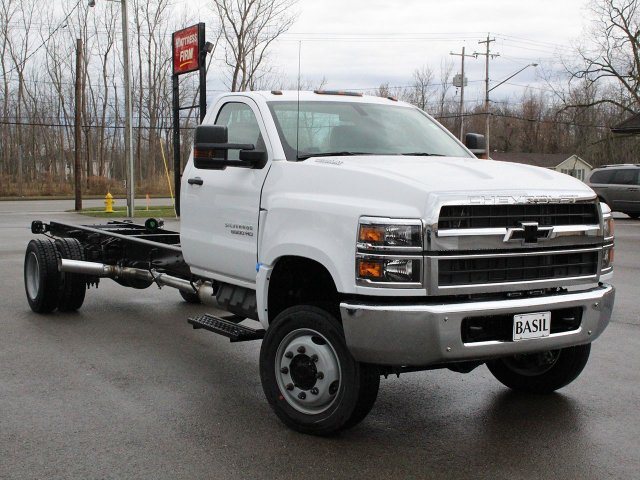 2019 Silverado Medium Duty 4x4,  Cab Chassis #19C177T - photo 7