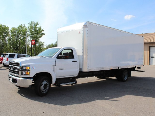 2019 Silverado Medium Duty DRW 4x2,  Cab Chassis #19C186T - photo 3