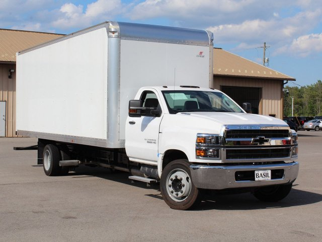 2019 Silverado Medium Duty 4x2,  Cab Chassis #19C186T - photo 6