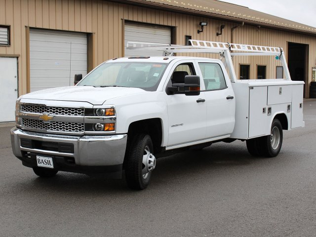 2019 Silverado 3500 Crew Cab DRW 4x4,  Reading Service Body #19C193T - photo 5