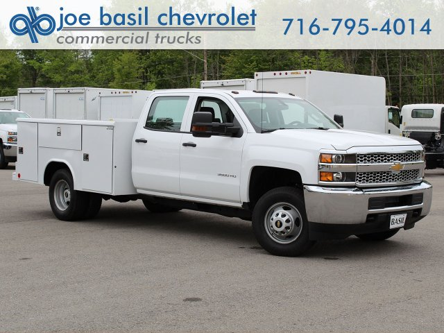 2019 Silverado 3500 Crew Cab DRW 4x4,  Reading Service Body #19C194T - photo 1