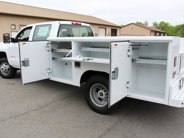 2019 Silverado 3500 Crew Cab DRW 4x4,  Reading Service Body #19C194T - photo 17