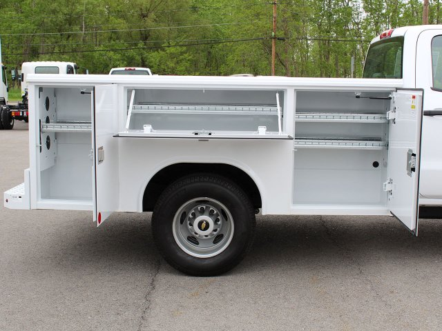 2019 Silverado 3500 Crew Cab DRW 4x4,  Reading Service Body #19C194T - photo 18