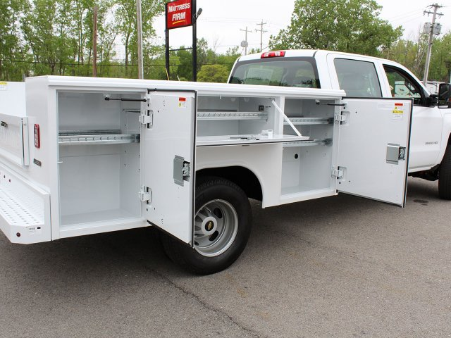 2019 Silverado 3500 Crew Cab DRW 4x4,  Reading Service Body #19C194T - photo 20