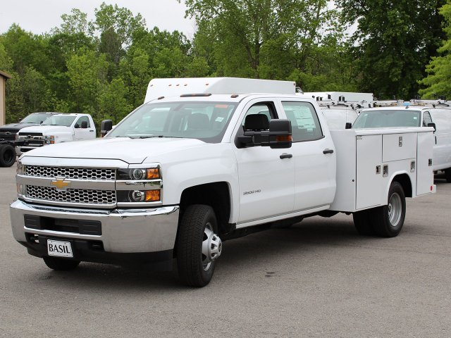 2019 Silverado 3500 Crew Cab DRW 4x4,  Reading Service Body #19C194T - photo 5