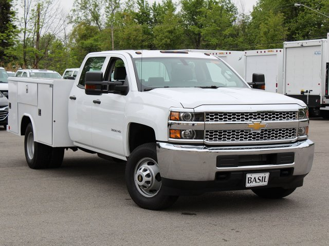 2019 Silverado 3500 Crew Cab DRW 4x4,  Reading Service Body #19C194T - photo 7