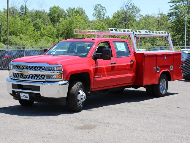 2019 Silverado 3500 Crew Cab DRW 4x4,  Reading Service Body #19C195T - photo 5