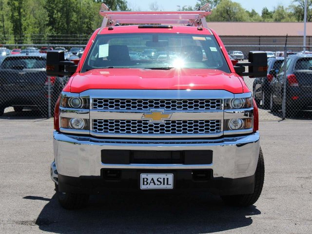 2019 Silverado 3500 Crew Cab DRW 4x4,  Reading Service Body #19C195T - photo 6