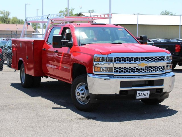 2019 Silverado 3500 Crew Cab DRW 4x4,  Reading Service Body #19C195T - photo 7