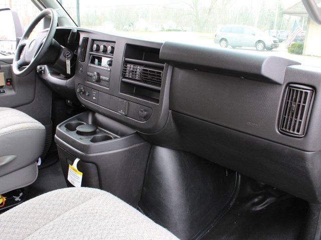 2019 Express 3500 4x2,  Unicell Cutaway Van #19C199T - photo 27